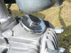 画像2: タペットキャップセット(クロムメッキ)キャブ車専用  (2)