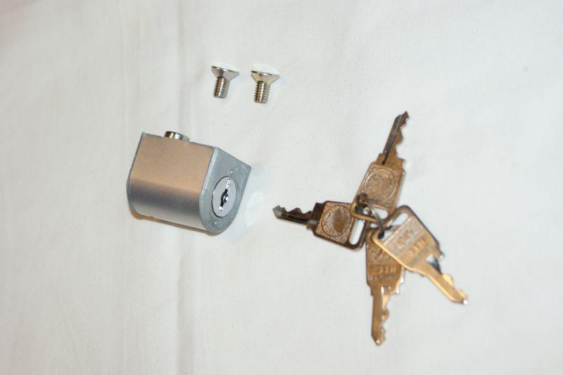 画像1: 【ホンダ純正】旧タイプ ハンドルロック用キーシリンダー  (1)