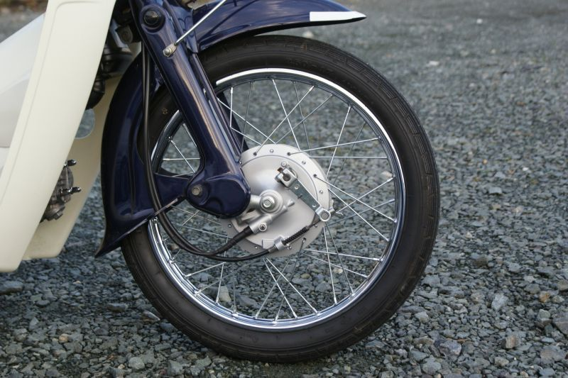 画像1: 【ホンダ純正流用ブレーキ強化】 スーパーカブ 大径ドラムブレーキセット(通称デカドラム)  (1)