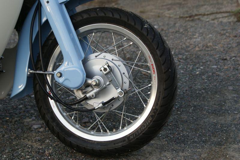 画像1: 【ホンダ純正流用ブレーキ強化】 14インチ車向け大径ドラムブレーキ(通称デカドラム)組付  (1)