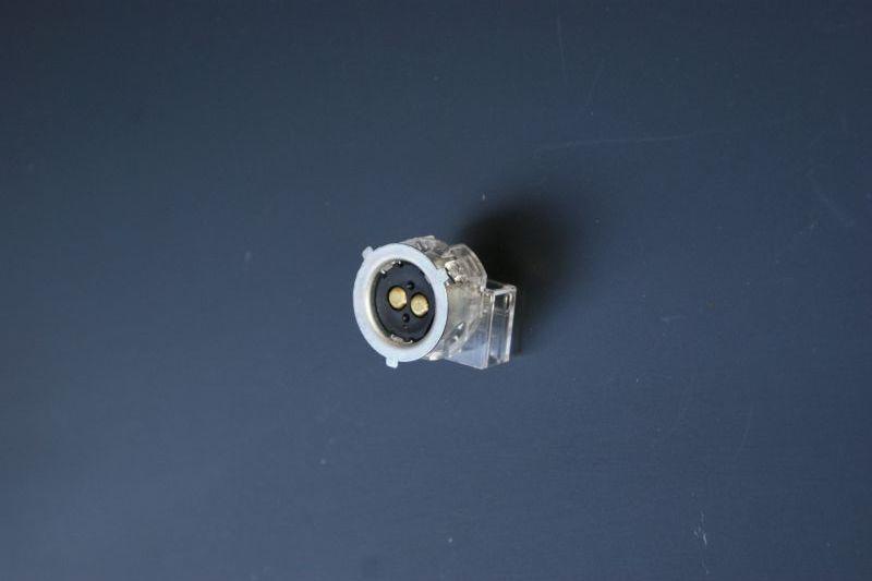 画像1: 【ホンダ純正】 ヘッドライト用ソケット[主に12vキャブ車の丸目カブ及びモンキー用]  (1)