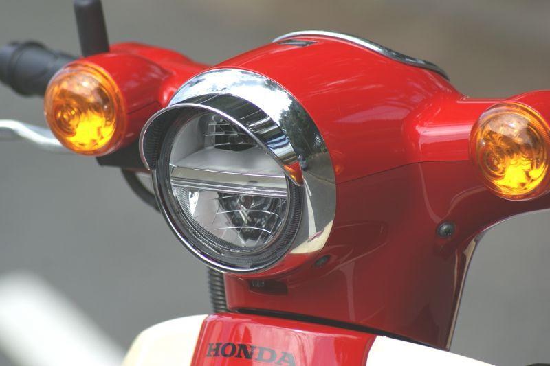 画像1: バイザー付ヘッドライトリム(ヘッドライトウイングキャップカバー)  (1)